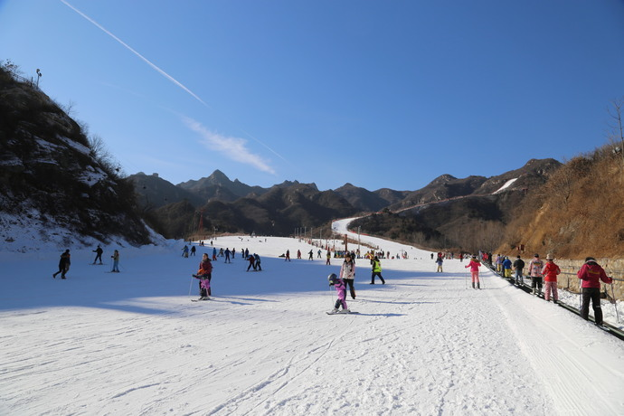 White Fantasy at the foot of the Great Wall - Huaibei International ...